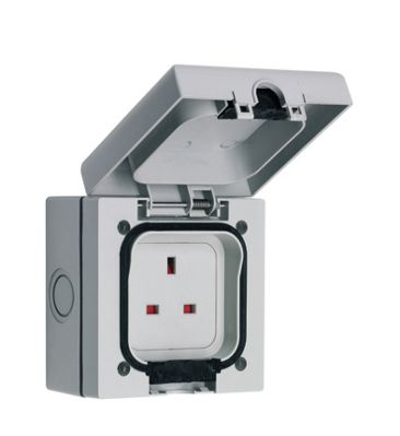 1 Gang Switched outside socket IP66 – Now Only £5.00